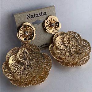 NATASHA GOLD EARRINGS!!
